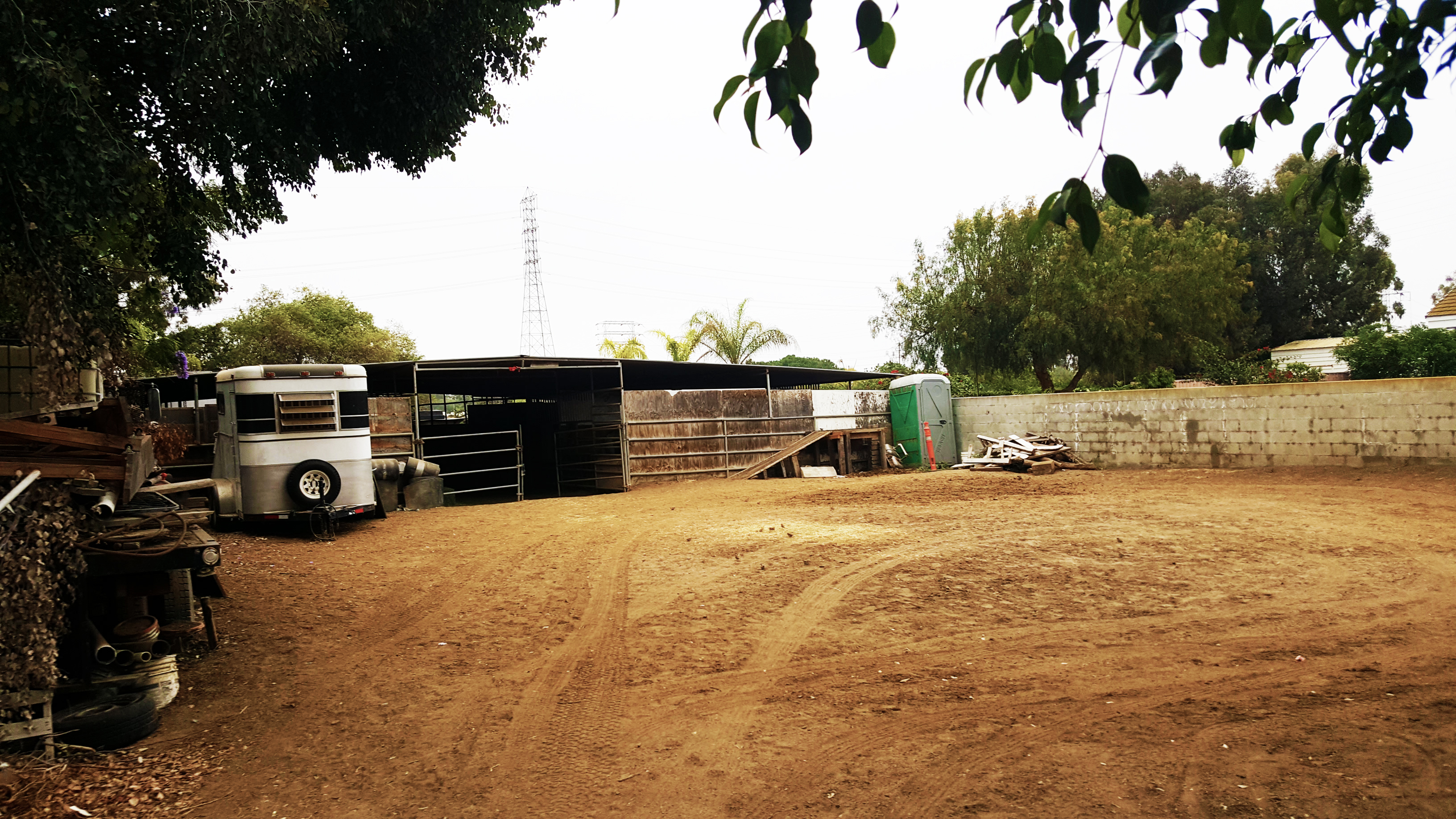 SOLD! | 16626 Chicago Avenue, Bellflower CA | 4 UNITS + HORSE STABLES   CLICK HERE FOR DETAILS