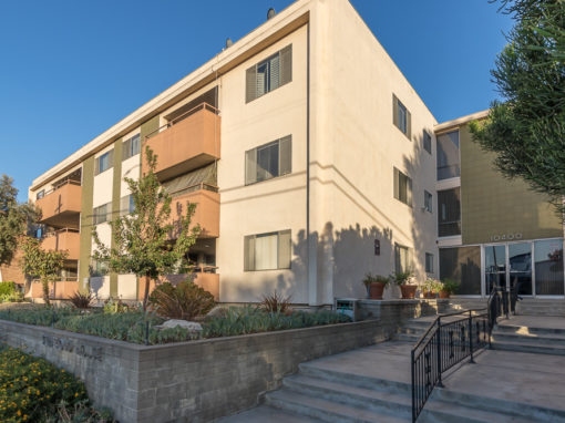 10400 DOWNEY AVE., UNIT 303, DOWNEY CA | 2 BED | 2 BATH | 1,500 LIVING SQ FT