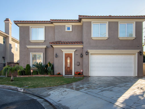 7936 Lyndora St Downey, CA 90242 | 5 BED | 6 BATH | 3,291 LIV. SQ. FT.