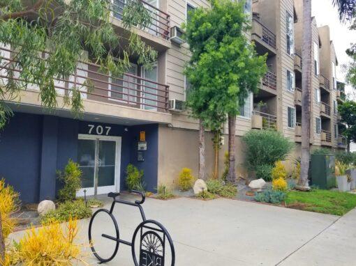 707 W. 4th St Unit 4, Long Beach CA 90802 | 1 BED 1 BATH CONDO
